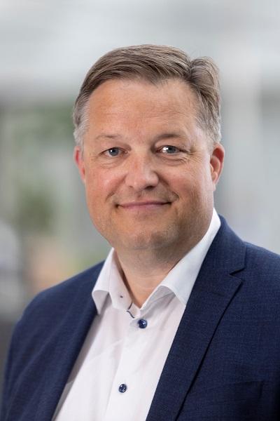 Ryan Rahbæk, Direktør