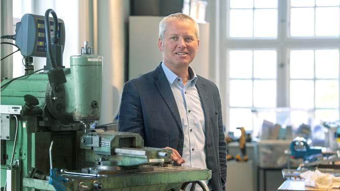 Jens Peter Bredholt er medskaber af TechStation, der skal hjælpe fremtidens danske produktion på vej.