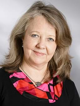 Susanne Linhart