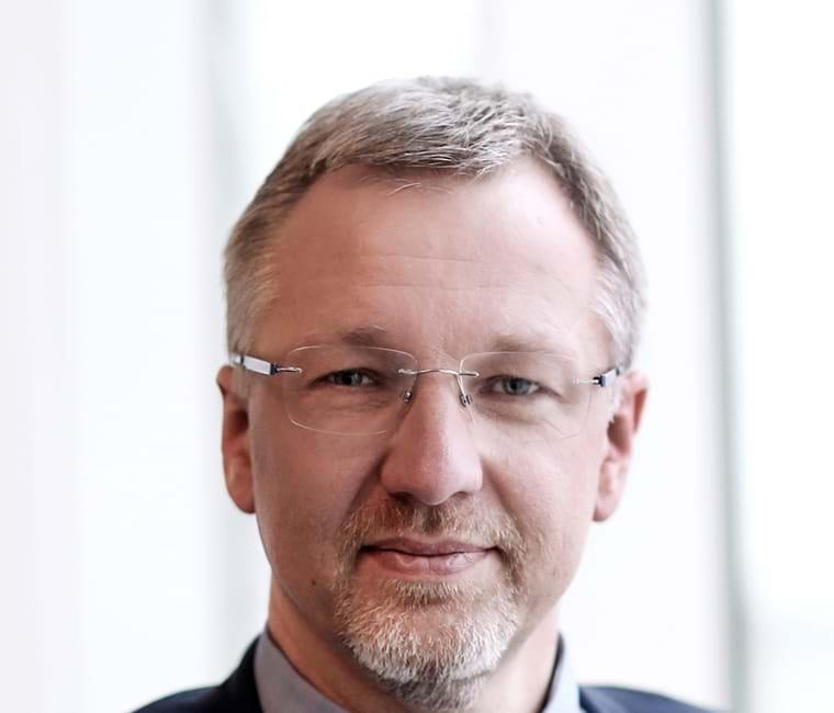 Leif Nielsen, Branchedirektør
