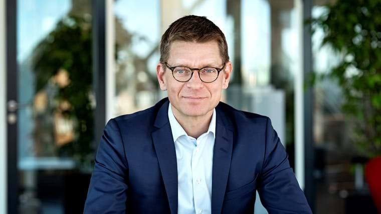 Lars Frelle-Petersen, Direktør